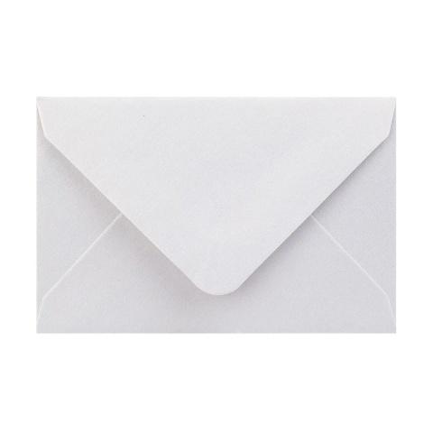 Vitt Pärlemorfärgat kuvert
